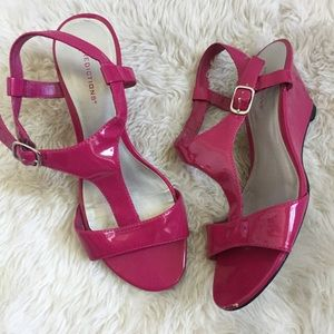 Predictions Pink Patent Leather Wedge Sandals